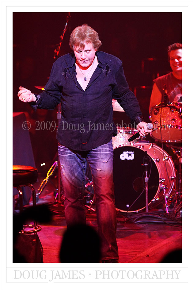 Eddie Money Acoustic Christmas - Dec. 17, 2009