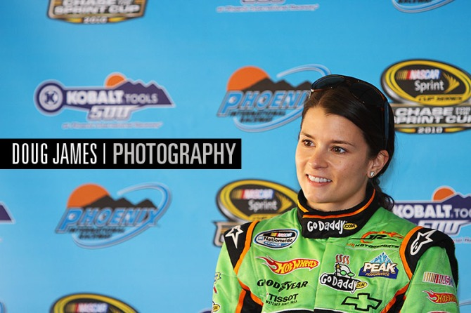 NASCAR: NOV 12 Nationwide Series -Wypall 200