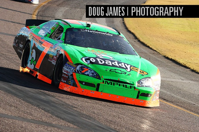 NASCAR: NOV 13 Nationwide Series - Wypall 200