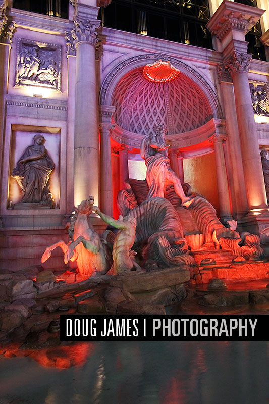 The Caesars Palace resort includes a replica of Trevi Fountain