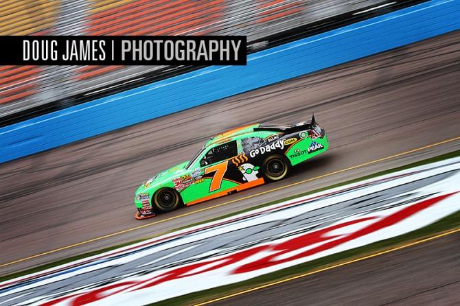 NASCAR: FEB 25 Nationwide Series - Bashas' Supermarkets 200